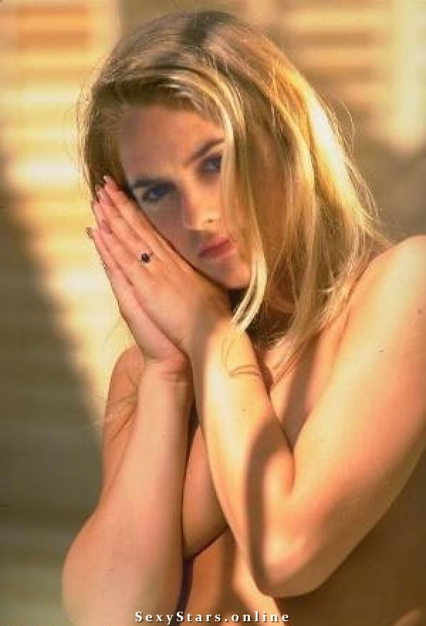 Free nude pictures of alicia silverstone