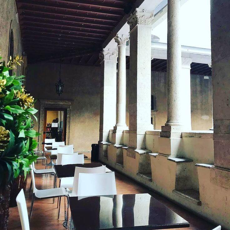 Good Morning Rome!  Taggaci  @chiostrodelbramante_roma nelle tue foto   per essere il protagonista della nostra gallery   #Repost @puntarelle  #museumlovers #igersroma #rome #roma #artoftheday #arts #artgallery #arte #instaart #ig_rome #museum #italianmuseum #artmuseum #photooftheday #photography #artlover #traveller #beutiful #italy #italia #visitrome #ig_italy #italian_places #chiostrodelbramante #museitaliani #italian_places #igerslazio #igtravel
