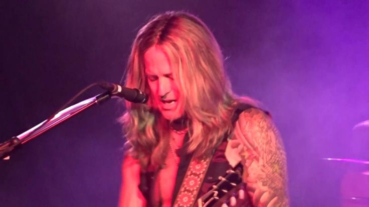 Long Way To Go - The Dead Daisies - Live @ the Limelight, Belfast. - 21/...