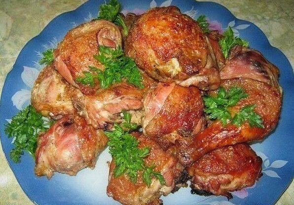 Самый вкусный рецепт курицы маринованной в кефире. Очень просто и очень вкусно.