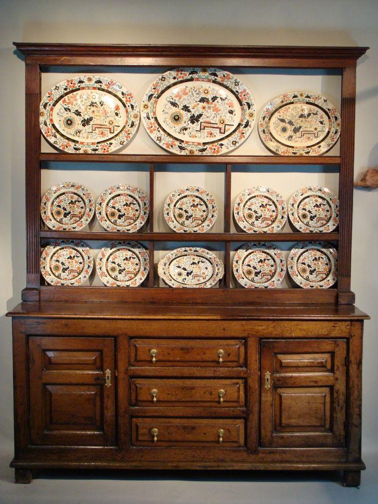 Small Oak Welsh Dresser and rack. Ca. 1730