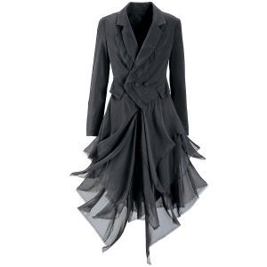 A beautiful ladies jacket, that combines the whimsy of faerie with the complimenting lines of a tailored blazer. When I own my own horse and carriage services, this will definitely be my driver's coat, with a snappy top hat and pretty skirt to go with :) from pyramidcollection.com