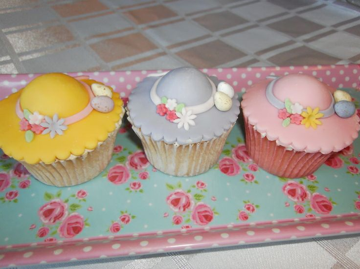 Easter Cupcake Decorating Ideas Pinterest : Easter Bonnet Cupcakes Easter Fundraising Ideas ...