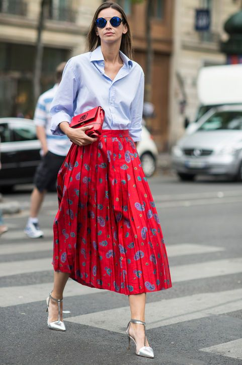 Transitional Outfits From Summer to Fall for Work: Button down + full midi skirt + heels: Glamour.com