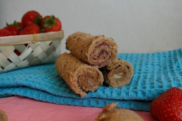 Hora do Lanche - Rolinhos de Fruta e Manteiga de Amêndoa