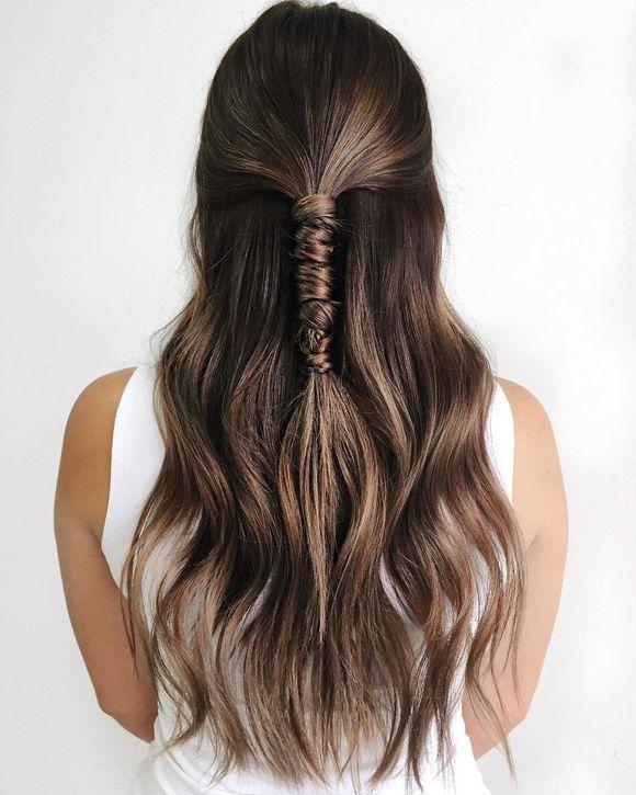 Modern and sleek half up half down hairstyle idea. // Gorgeous half up half down bridal hairstyle id