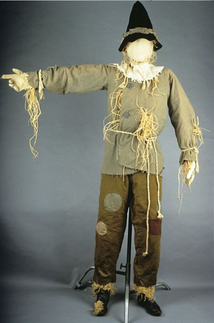 The Original Scarecrow Costume from The Wizard of Oz - Neatorama