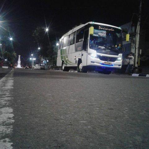 Sewa Bus Solo ke Jogja Harga  Murah Telp. 082243439356 Mita Transport