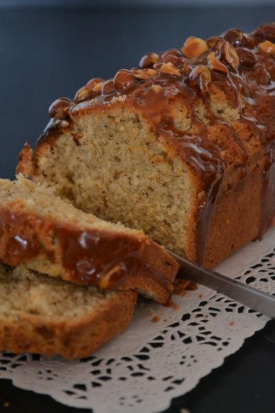 Cake Amande et Noisette, glacage caramel. - Des Cupcakes et bien d'autres choses !