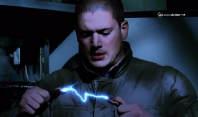 Can't handle this scene in Prison Break! RIP michael scofield.... For now? Idk but there's a new series coming 2016!