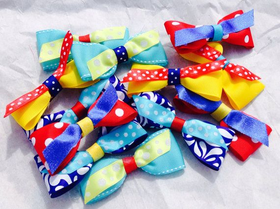 Circus bow Birthday party Favor kids party favor by LilNicks, $2.49