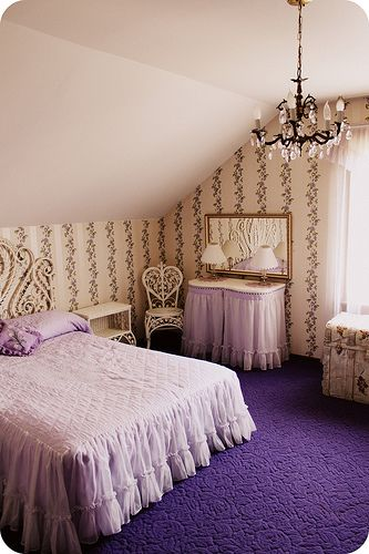 bedding.Colors Purple, Pretty Purple, Purple Room, Purple Mixtures, Girls Room, Dreams House, Purple Carpets, Violets Room, Purple Majesty