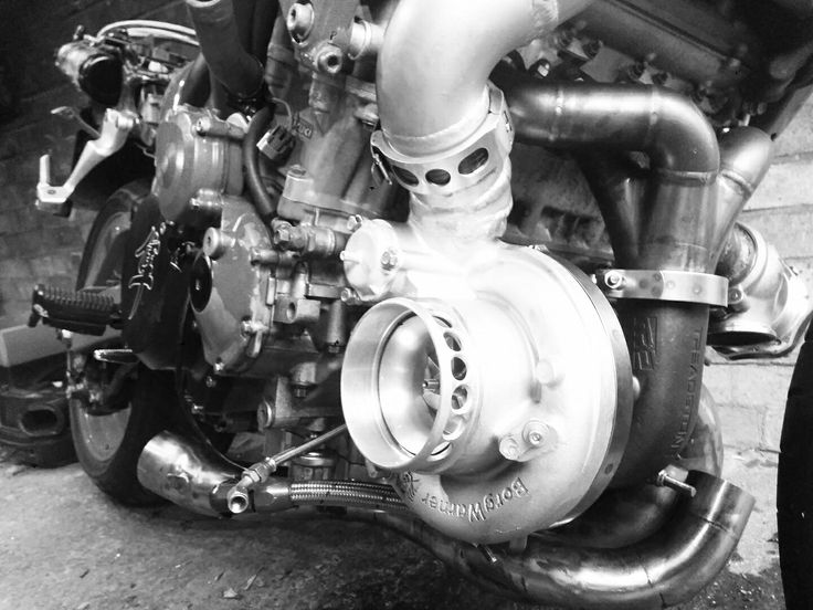 A #2000 #Suzuki #GsX-R 1300 Turbo project at www.shepsters.com. Remember you can create an account and follow any of the projects you're interested in, create specialty groups, find specs, buy and sell parts or even grab a free online garage for your own project(s)