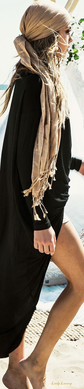 bohemian boho style hippy hippie chic bohème vibe gypsy fashion indie folk dress