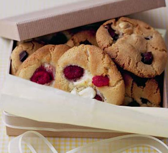 ... : raspberry cookies , cranberry cookies and chocolate cranberries
