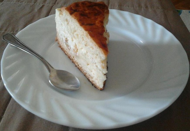Pasca, a traditional Romanian dessert for Easter