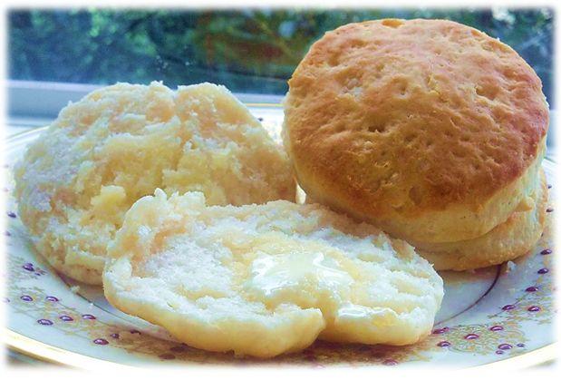 Hardee's Biscuits - Recipe Clone You'll Love!