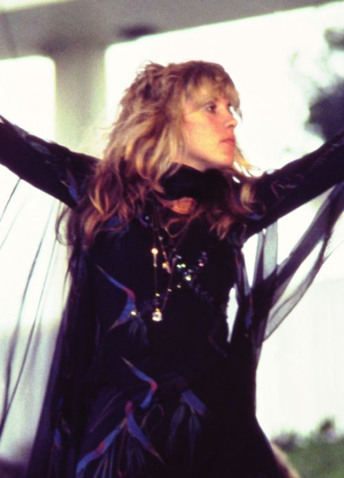 "crystalline-: "" ""Stevie Nicks, Day on the Green Festival, 1977 "" HQ copy: {x} """