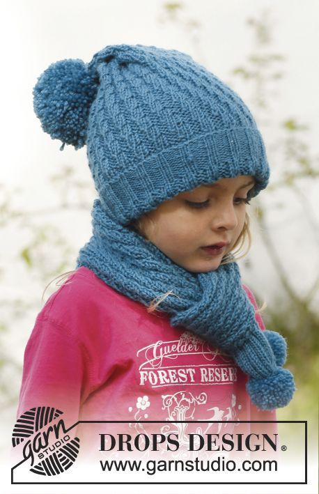 """Knitted DROPS long hat and scarf with diagonal rib pattern in """"Merino Extra Fine"""". Size 3 to 12 years. ~ DROPS Design"""
