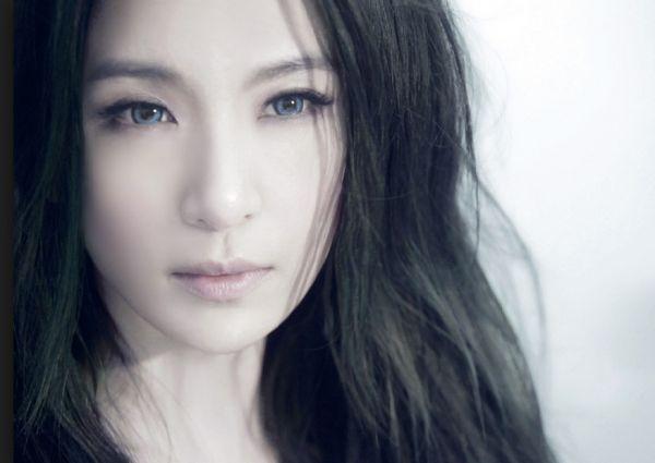 田馥甄 S.H.E Hebe Tien / Tian Fu Zhen