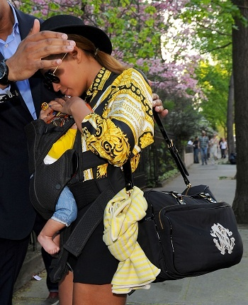 Beyonce: Design Diapers, Beyonce Diapers, Diaper Bags, Diapers Bags, Gucci Diapers, Prada Diapers