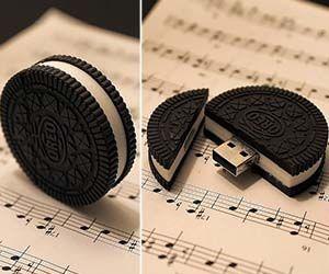 Oreo Cookie USB Drive.