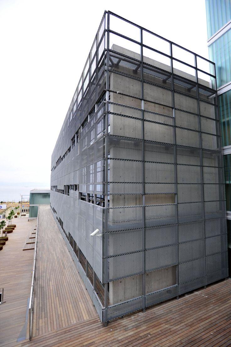 Expanded Metal Mesh Facade Piri Reis University