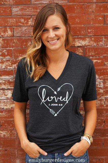 LOVED tri blend v-neck T-Shirt in heathered black PLEASE READ IMPORTANT SIZING INFO - emilyburgerdesigns.com