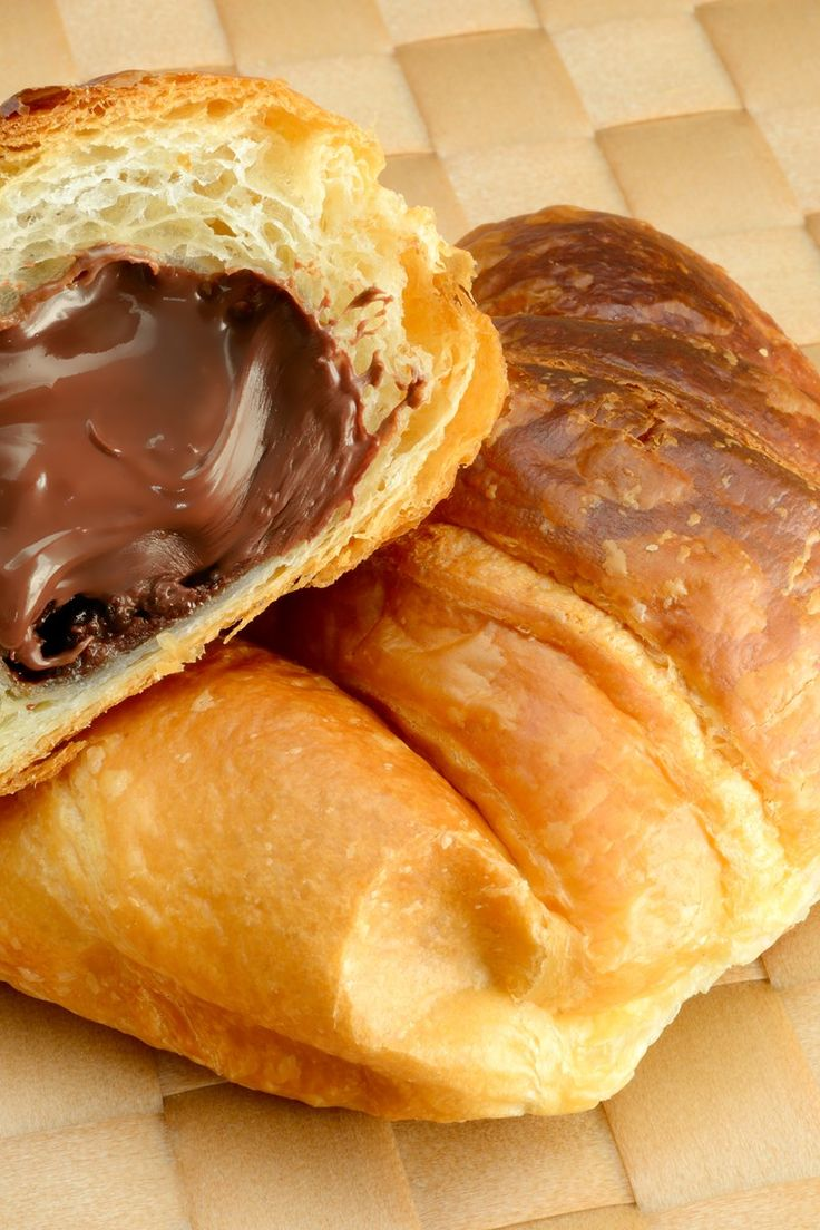2 Ingredient Nutella Crescent Rolls Recipe Ready in 20 Minutes