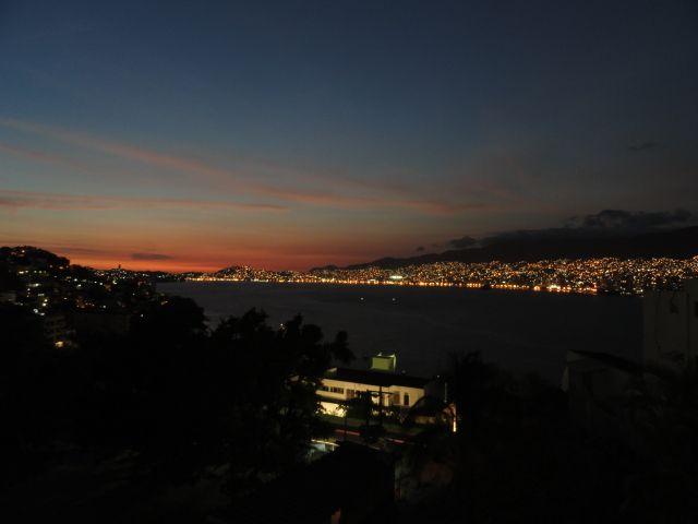 Anochecer desde Fracc. Joyas de Brisamar, 29 marzo 2011