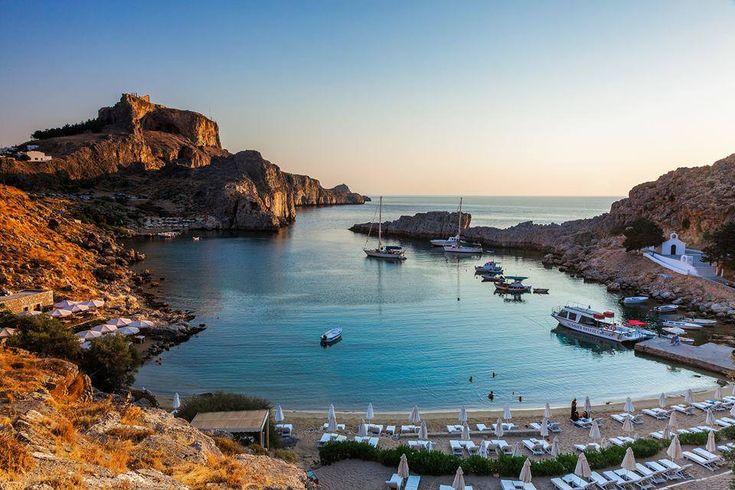 St. Pauls #bay at #Lindos... We just can't get enough of that #beach!  45min from #Faliraki, #Rhodos, #Rodos #Greece