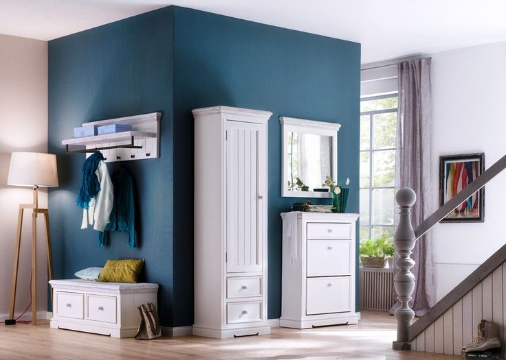 Garderobe Rafael Set 4 Holz Kiefer Weiß 20880. Buy now at https://www.moebel-wohnbar.de/garderobe-rafael-set-4-holz-kiefer-weiss-20880.html