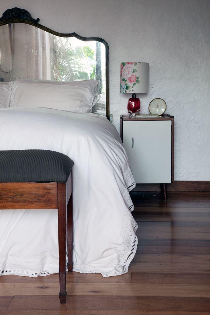 Best 25 mirror headboard ideas only on pinterest mirror - Bedroom sets with mirror headboard ...