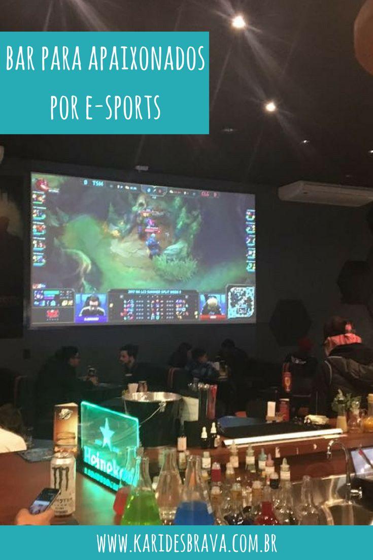 Quem ama esportes eletrônicos com certeza vai gostar desse bar. O Cooldonwn, em Curitiba (PR) é uma hamburgueria que reúne diversos espaços para os fãs dos e-sportes se divertirem (e jogarem!).