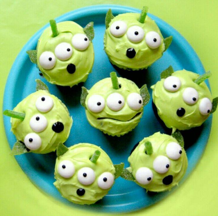 Cute alien cupcakes
