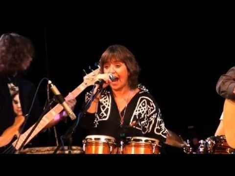 Bára Hrzánová  Condurango - Druhá máma - YouTube