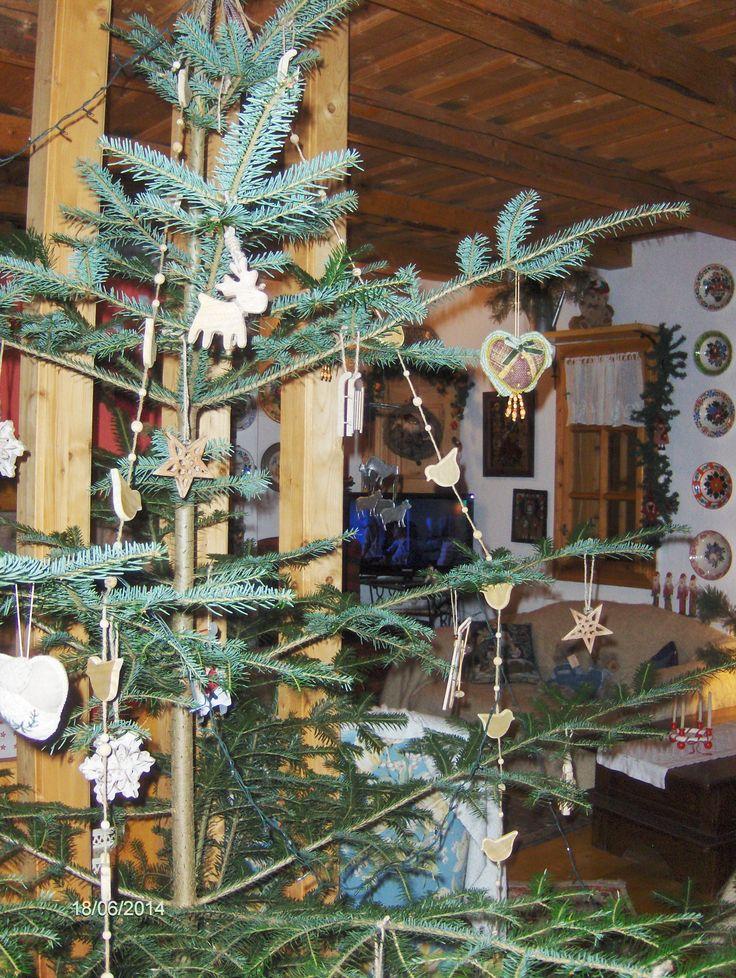 Brad decorat in stil nordic