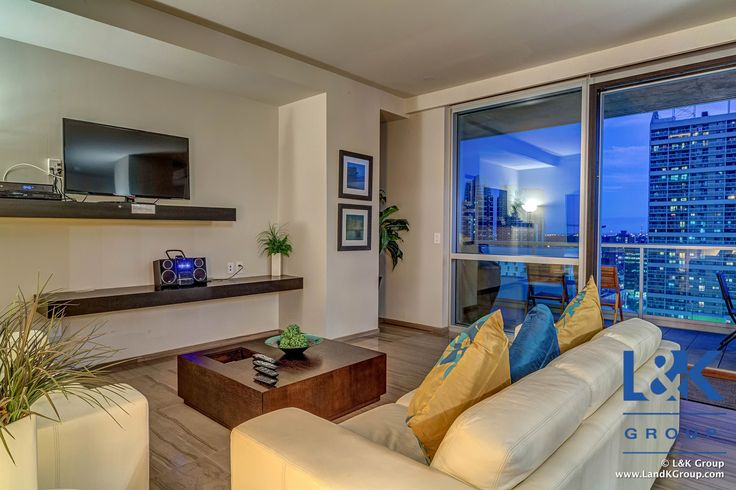 Address: 1507, 108 – 9 Ave SW, Calgary, AB. T2P 1Z1  Price: $779,900   Find out more: www.LandKGroup.com/go/Le-Germain