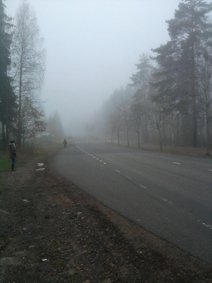 Bussipysäkille kävellessä oli melkoinen tunnelma 5.11.2012