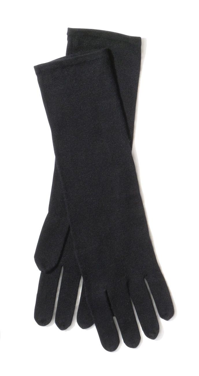Black gloves white magic - Black Gloves Chicos Holidayfeeling