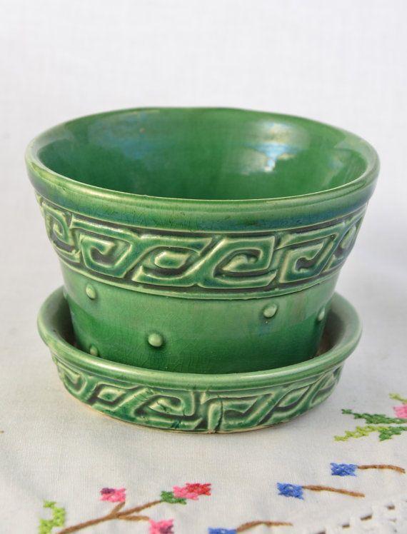 Small green McCoy planter flower pot by VieuxCharmes on Etsy