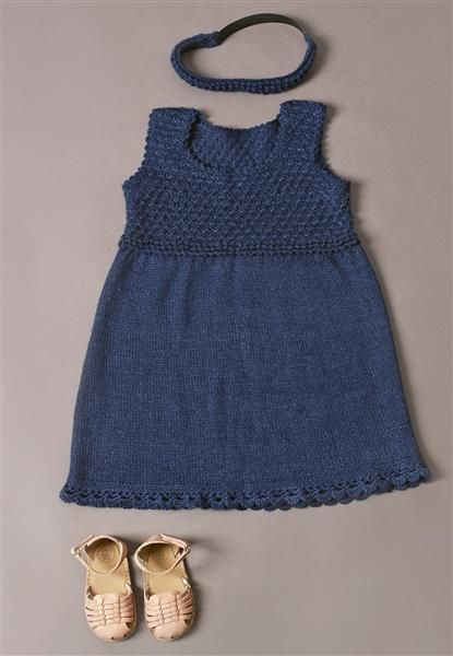 1410: Modell 12 Kjole og hårbånd #alpakka #strikk #knit