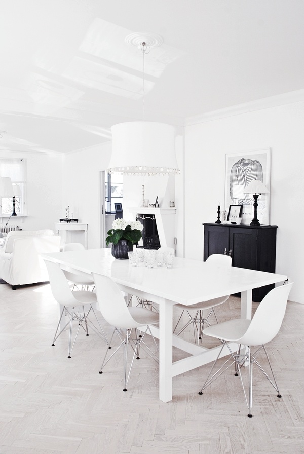We're finding inspiration in restful white spaces at Cow+Co HQ this week. Shop homewares at cowandco.co.uk