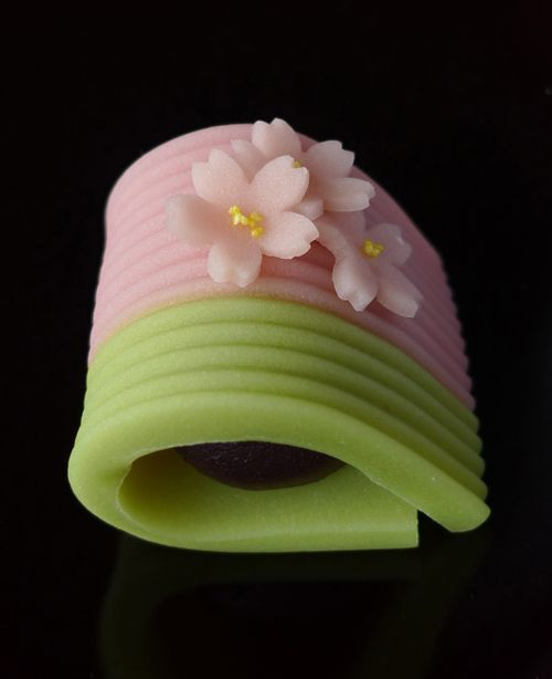 "Japanese Sweets, ""wagashi"", ちょっと早い春爛漫 A little early spring full bloom"