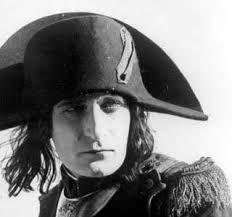 Albert Alfred Dieudonné, nato il 26 novembre 1889 a Paris e deceduto il 19 marzo 1976 a Boulogne-Billancourt, é un attore e realizzatore francese che ha interpretato Napoleone nel 1934 e nel 1981 (versione restaurata)