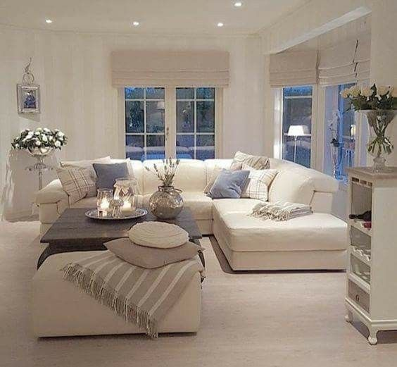Best 25 beige couch ideas on pinterest beige sofa for Cozy living room colors