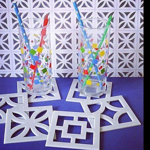 More breezeblock drink coasters from @youmakeme_design  #concreteblocks#breezeblocklove#breezeblock #breezebrick #screenblock#screenblocks#shadowblocks#midcenturymodern#midmod#midcentury #midcenturyarchitecture#istopforbreezeblocks#putoutyourbreezeblocks#ibrakeforbreezeblocks#breezeblocksforever
