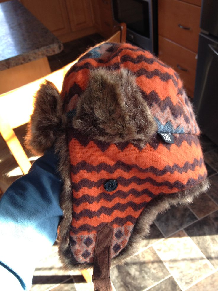 Getting ready for the SUPER cold Saskatchewan style winter with my stylish beaver toque!