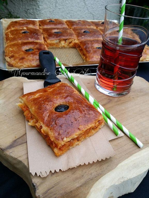 Salem Bonjour, La coco est une sorte de pizza couverte, garni d'une farce proche de celle des mhajeb ou tchakchouka. On peut également la...