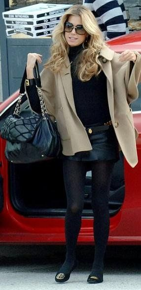 Tory Burch shoes are half off. Choose the best one for winter.